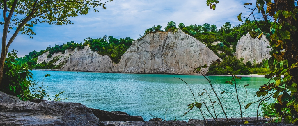 Scarborough Bluffs Panoramic IV. By Stephen Geisel, Love-fi